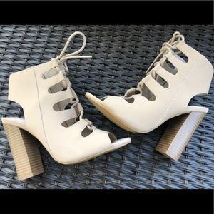 Bamboo gladiator lace up heels size 6